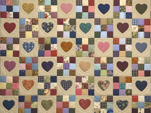 King Navy and Burgundy Hearts and Nine Patch Quilt Photo 3