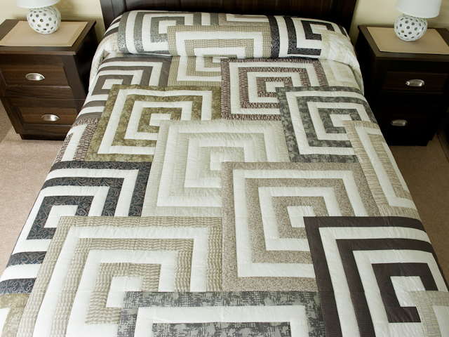 Mesmermize Quilt -- superb cleverly made Amish Quilts from ... : quilts queen size bed - Adamdwight.com