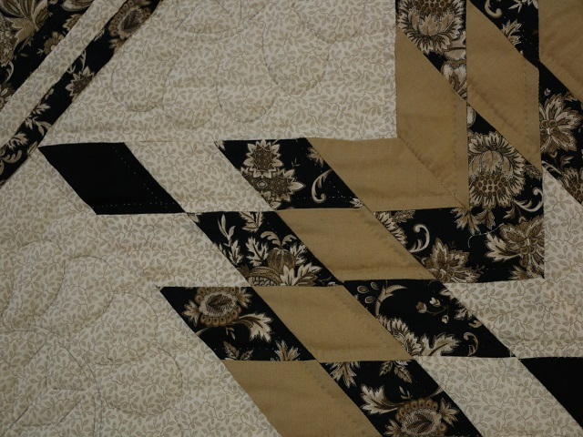 Black Gold and Tan Lone Star Log Cabin Quilt Photo 5