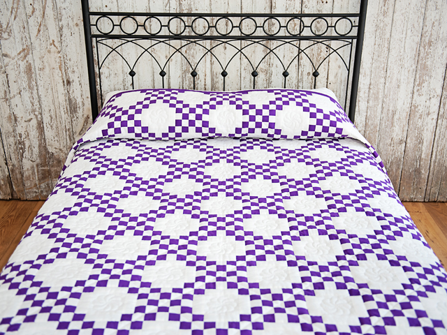 Classic Irish Chain Quilt -- exquisite adeptly made Amish Quilts ... : purple and white quilt - Adamdwight.com