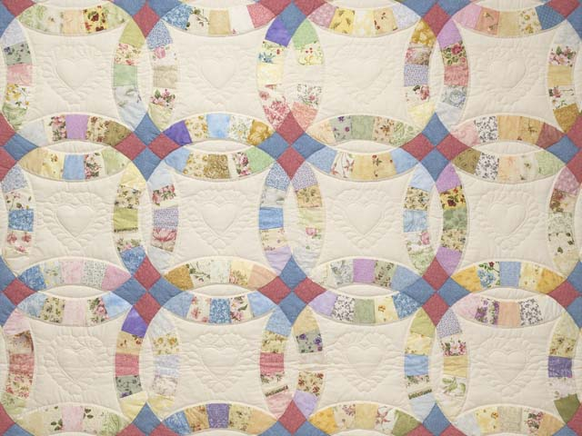 Queen Pastel Double Wedding Ring Quilt Photo 3