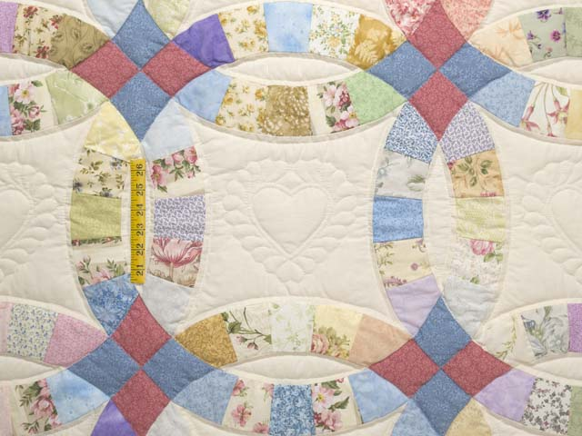 Queen Pastel Double Wedding Ring Quilt Photo 4