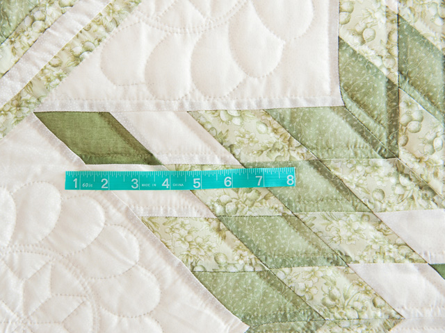 Soft Greens  and Cream Lone Star Log Cabin Quilt Photo 6