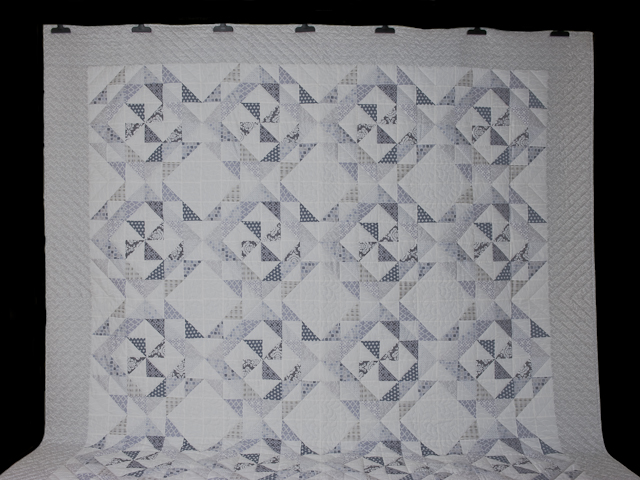 Pinwheel Twist with Pillow Shams Queen Size quilt and pillow shams Photo 2