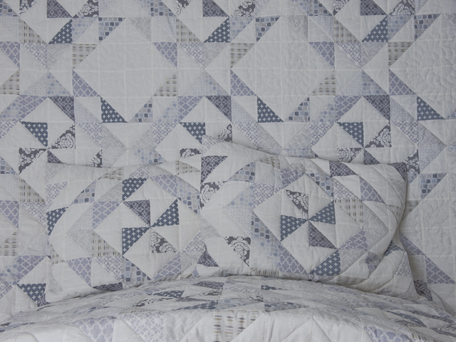 Pinwheel Twist with Pillow Shams Queen Size quilt and pillow shams Photo 4