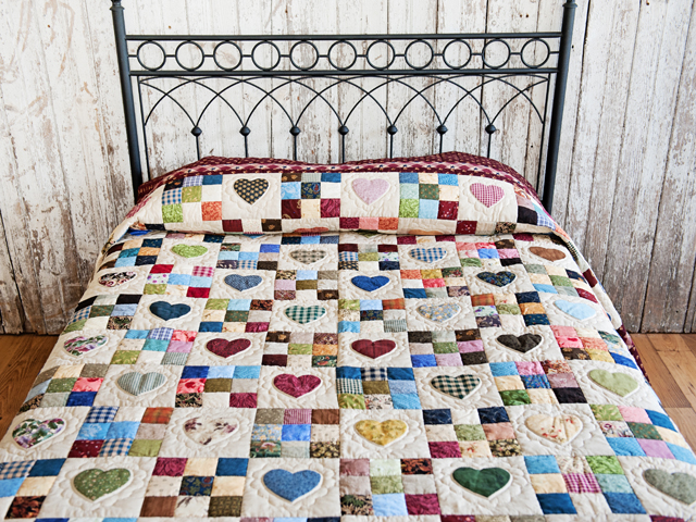 King Burgundy and Multicolor Hearts and Nine Patch Quilt Photo 1