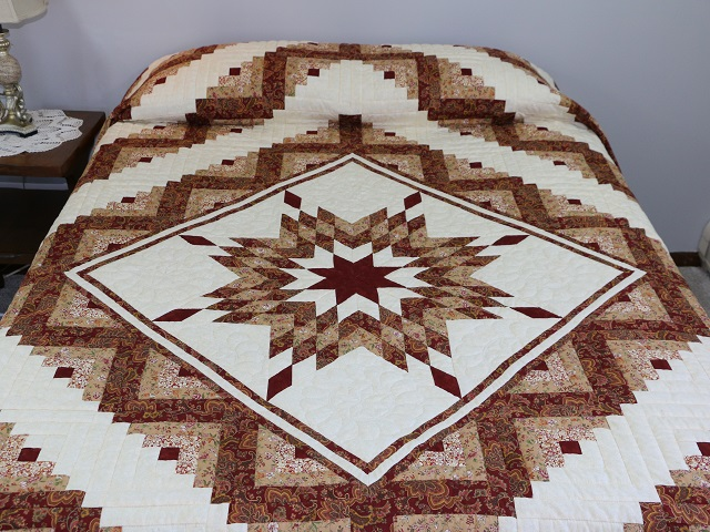 Burgundy and Cream Lone Star Log Cabin Quilt Photo 1