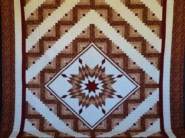 Burgundy and Cream Lone Star Log Cabin Quilt Photo 2