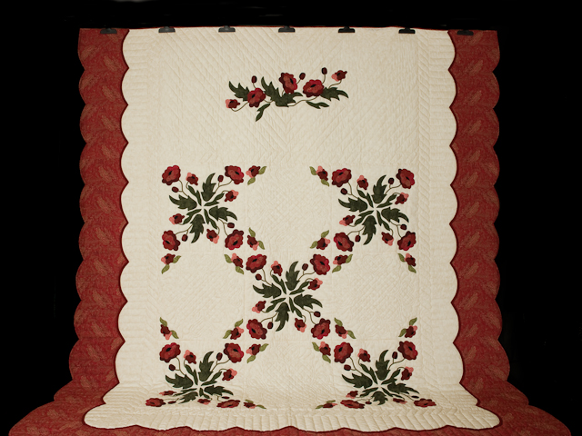 Poppy Fields Quilt Burgundy and green on ivory Photo 2
