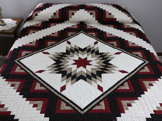 Black and Burgundy Lone Star Log Cabin Quilt Photo 1