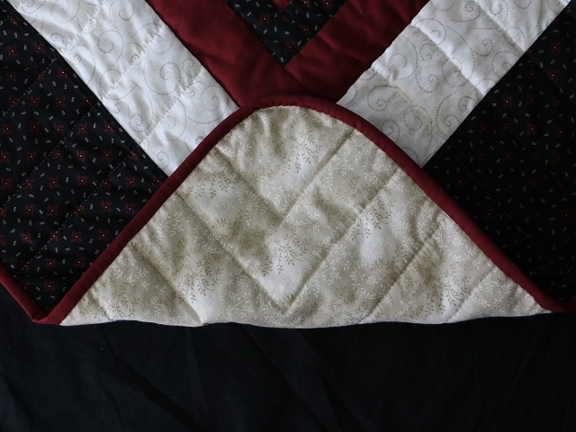 Black and Burgundy Lone Star Log Cabin Quilt Photo 8