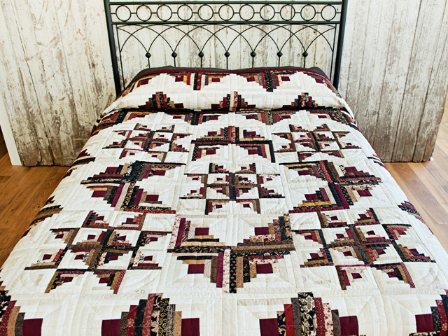 Earthtones Log Cabin with Stars Quilt Photo 1