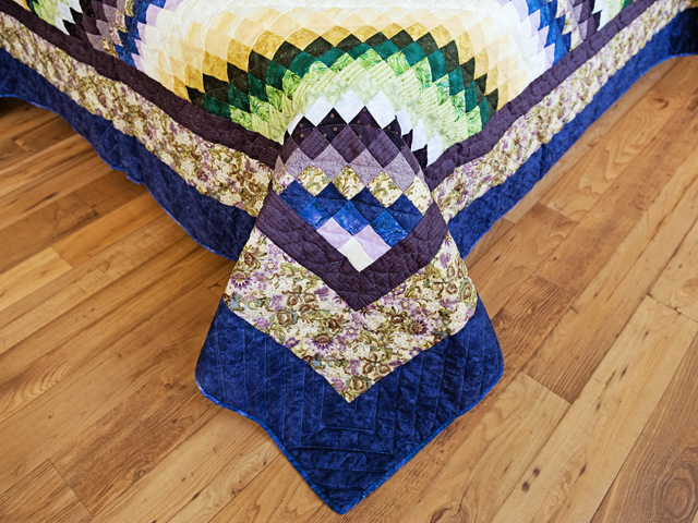Purple, Green and Gold Bargello Wave Quilt Photo 7