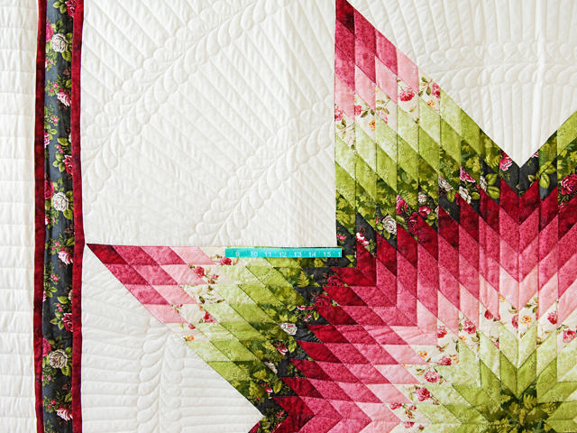 Red and Green Lone Star Quilt Photo 4