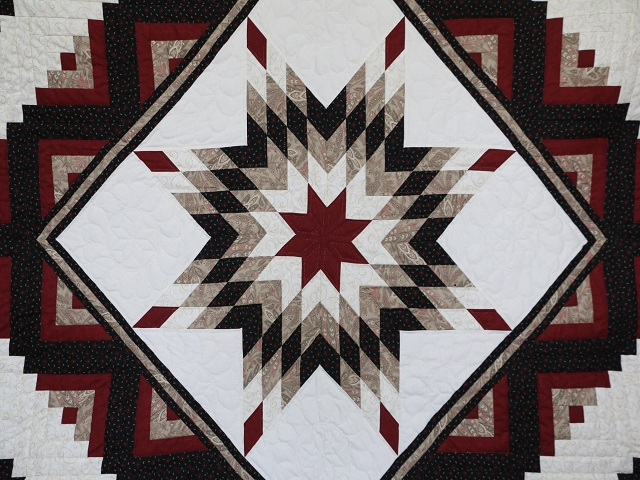 Black and Burgundy Lone Star Log Cabin Quilt Photo 3