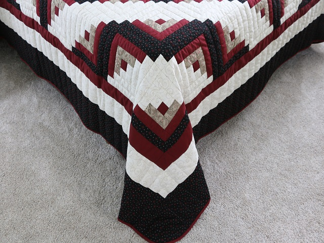 Black and Burgundy Lone Star Log Cabin Quilt Photo 7