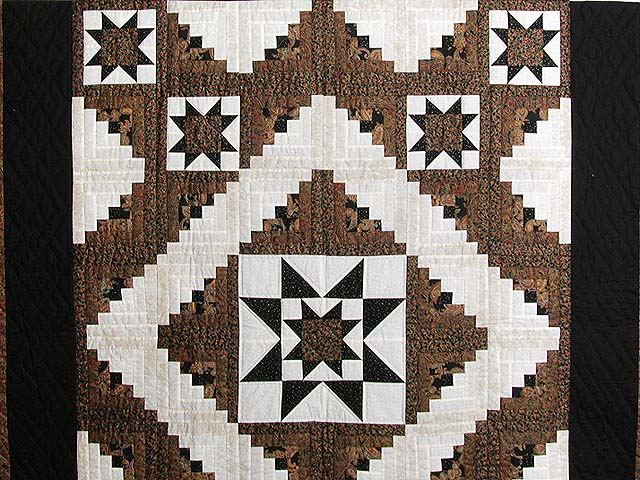 Black and Gold Vermont Star Quilt Photo 3