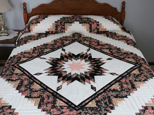 Rose Black  and Golden Tan Lone Star Log Cabin Quilt Photo 1