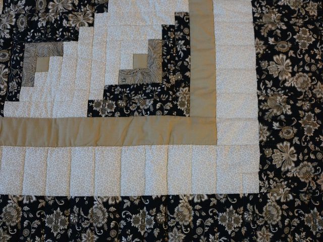 Black Gold and Tan Lone Star Log Cabin Quilt Photo 6