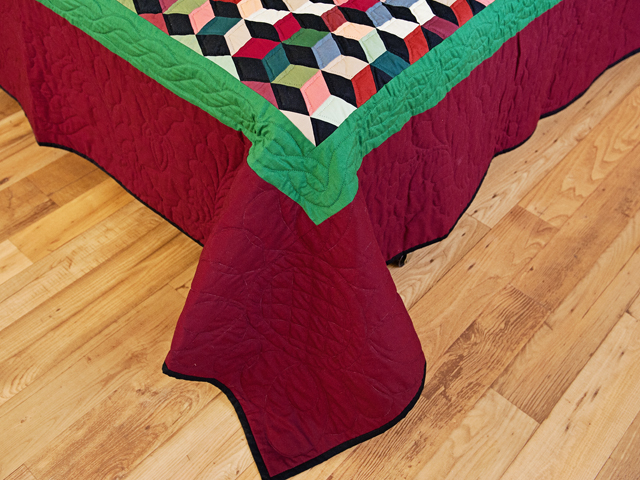 Amish Tumbling Blocks Quilt Photo 7