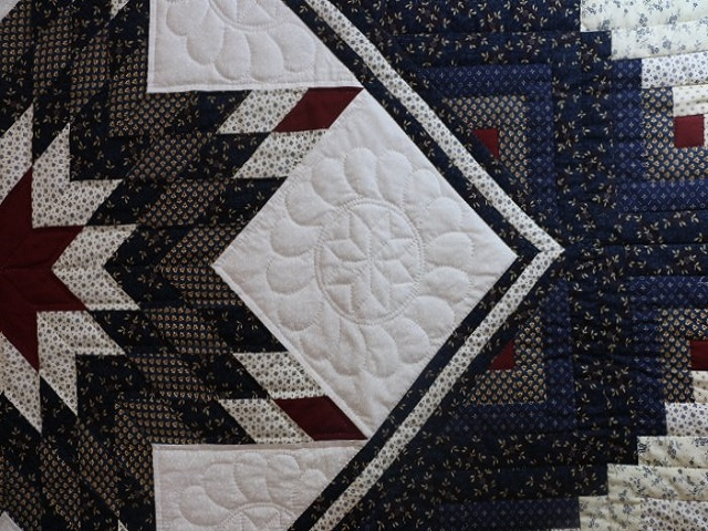 Navy Blue and Burgundy Lone Star Log Cabin Quilt Photo 4