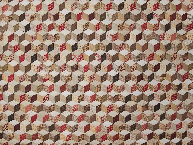 Burgundy and neutral Tumbling Blocks Queen size bed quilt Photo 3
