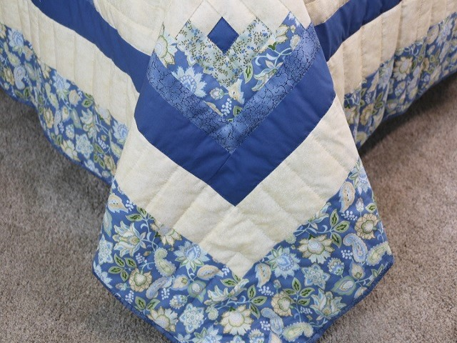 Blue Yellow Green Lone Star Log Cabin Quilt Photo 8