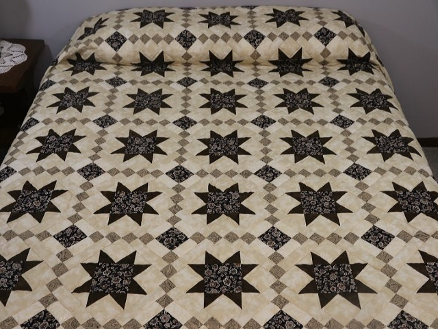 Brown Golden Cross Country Quilt Photo 1