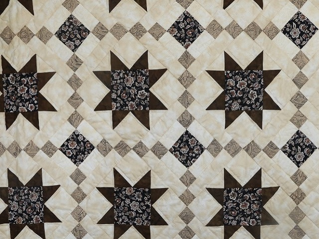 Brown Golden Cross Country Quilt Photo 7
