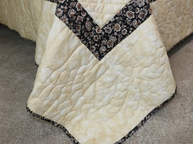 Brown Golden Cross Country Quilt Photo 8