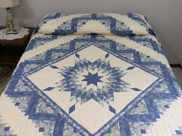 Blue Yellow Green Lone Star Log Cabin Quilt Photo 1