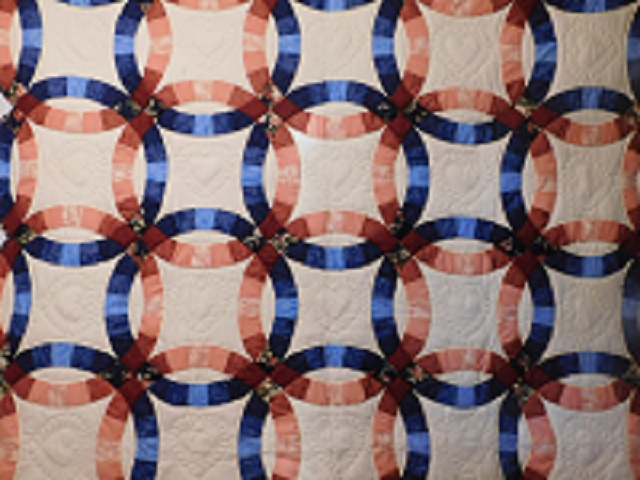 Navy and Salmon Double Wedding Ring Quilt Photo 3