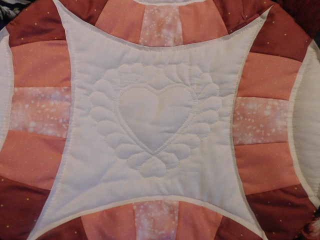 Navy and Salmon Double Wedding Ring Quilt Photo 6