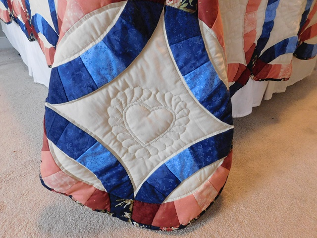Navy and Salmon Double Wedding Ring Quilt Photo 7