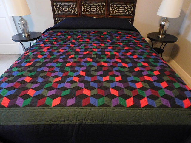 Amish Tumbling Blocks Quilt Photo 1