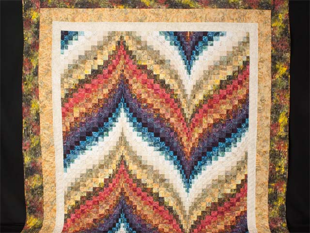 Bargello Flame  KING size bed quilt Photo 2
