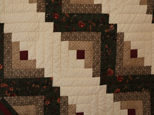 Earthtones Lone Star Log Cabin Quilt Photo 6