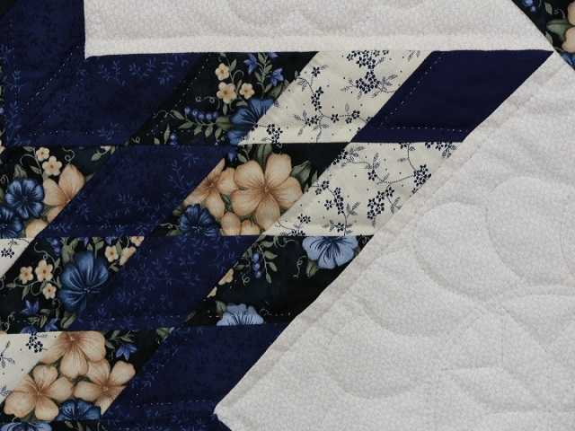 Navy Blue and Tan Lone Star Log Cabin Quilt Photo 4