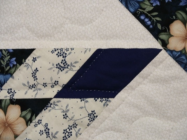 Navy Blue and Tan Lone Star Log Cabin Quilt Photo 5