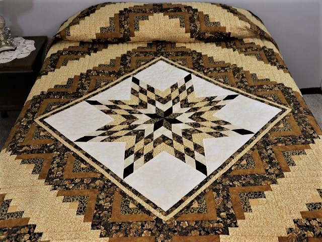 Black and Gold Lone Star Log Cabin Quilt Photo 1