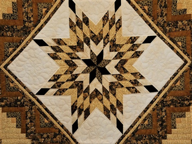 Black and Gold Lone Star Log Cabin Quilt Photo 3