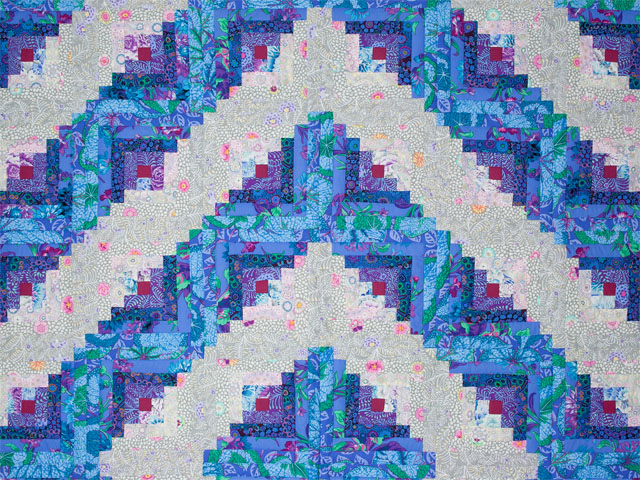 Log Cabin Simplicity -  Queen quilt