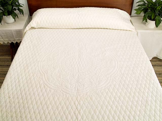King All Quilted Apple Blossom Quilt Photo 1