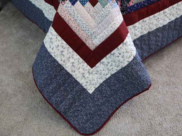 Scrappy Log Cabin Quilt Photo 8