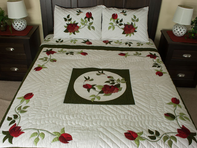 I Promised you a Rose garden Queen Quilt
