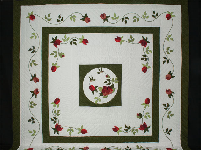 I Promised you a Rose garden Queen Quilt with appliqued shams included Photo 2