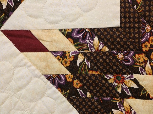Brown and Gold Lone Star Log Cabin Quilt Photo 5