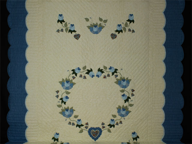 Blue and Green Heart of Roses Quilt in Queen Photo 2