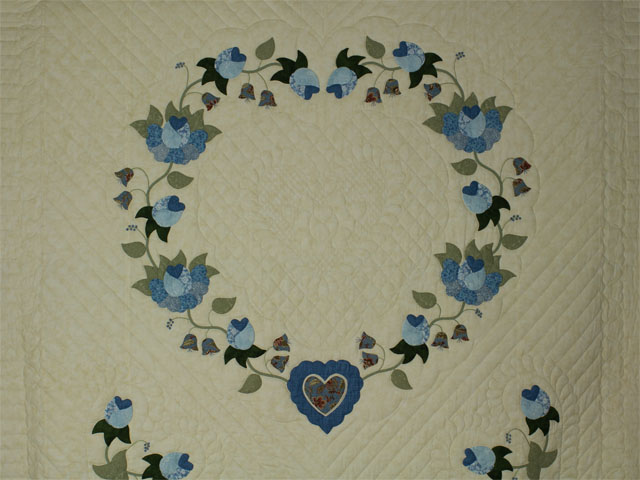 Blue and Green Heart of Roses Quilt in Queen Photo 3