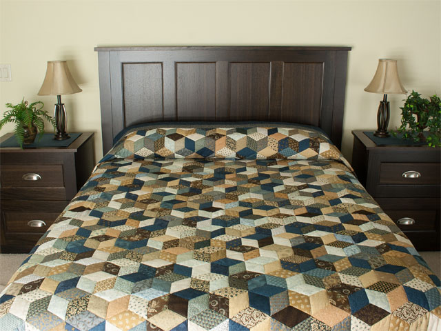 Burgundy and neutral Tumbling Blocks Queen size bed quilt Photo 1